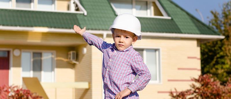 constructii-case-la-rosu-si-la-cheie